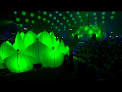 Sensation White Innerspace 2011 - Amsterdam Arena Part 7 [HQ]