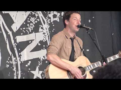 Untitled acoustic @ Simple Plan Foundation event 2012