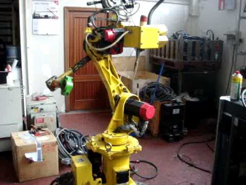 Fanuc Arcmate 100i with RJ2 controller  - used arc welding robots at eurobots.net