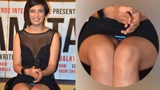 Akshara Hassan's Wardrobe Malfunction | Shamitabh Trailer Launch | Amitabh Bachchan, Dhanush