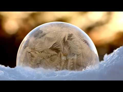 Хөөсөн бөмбөлөг хөлдөх мөч
