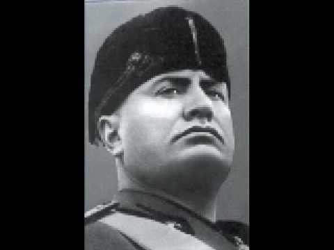 Benito Mussolini - Ave Duce