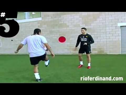 Cristiano Ronaldo freestyle & skills (Rio Ferdinand #5 Magazine) Pt.1 -Wrm6K461Y3w