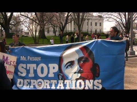Hunger Strikers Demand President Obama Halt His Record 2 Million (Deportations)