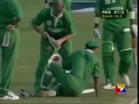 Saeed Anwar beats heat and cramps to score 194