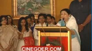 Lata Mangeshkar Felicitated with ANR Award 02