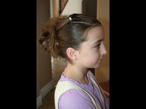 Corner Flip into Messy Bun | Cute Hairstyles