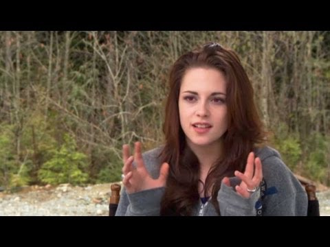 Twilight 5 Interviews with Kristen Stewart, Robert Pattinson, Taylor Lautner and Bill Condon
