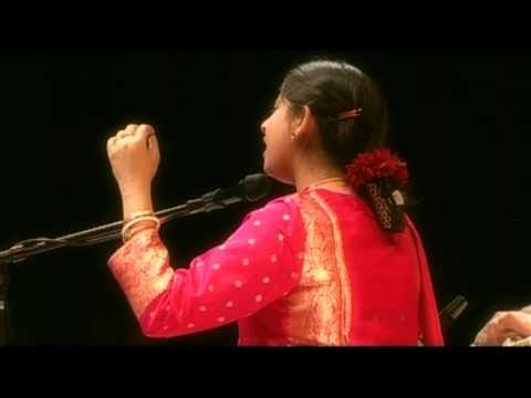 Kaushiki Chakrabarty: Mishra Charukeshi Thumri
