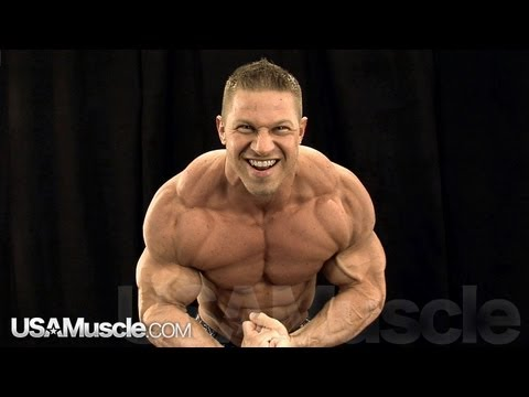2012 NPC Nationals Men's Bodybuilding Backstage Posing Part 3