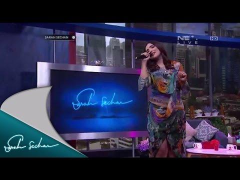 Sangat Berbeda (Live)