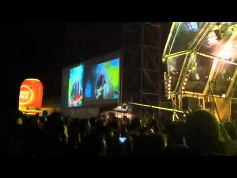 Xutos e Pontapés - A carga pronta e metida nos contentores @ Queima Porto 2012