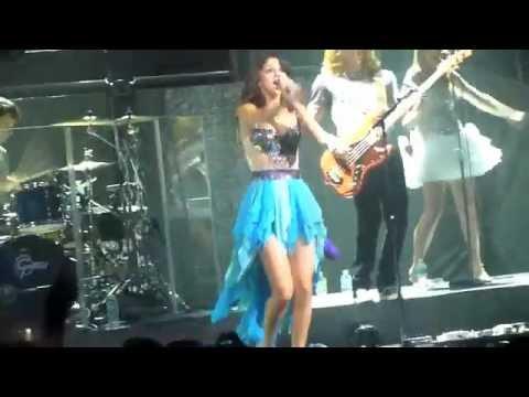 Who Says and Magic- Selena Gomez (Chicago)