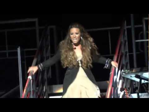 Demi Lovato - Unbroken (Live in Los Angeles 9-23-11)