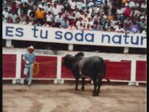 Simon Chavez Vs. El Torbellino (Las Hurraquitas Banda Yurirense)