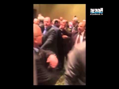 فيديو : تضارب بين محامين لبنانيين وسوريين في مؤتمر بالقاهرة