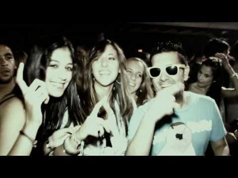 Loca People - Sak Noel (La gente esta muy loca) [Official VideoClip]