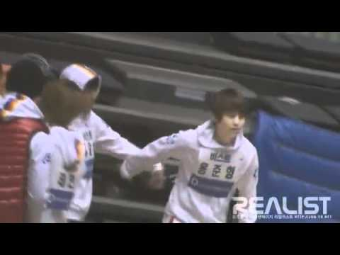 [FANCAM] 110123 It Junseob Bromance~