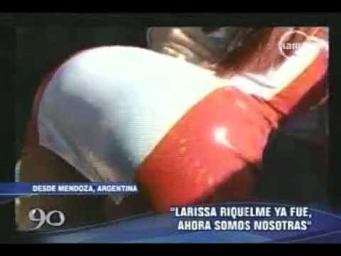 DAYSI ARAUJO y IRINA muestran senos en Copa America 2011