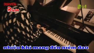 Khóc trong mưa - karaoke ( beat L )