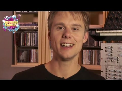 Armin van Buuren at Electronic Family 2012! - UCPIaQWRkeF3iQ337AQCcnjw