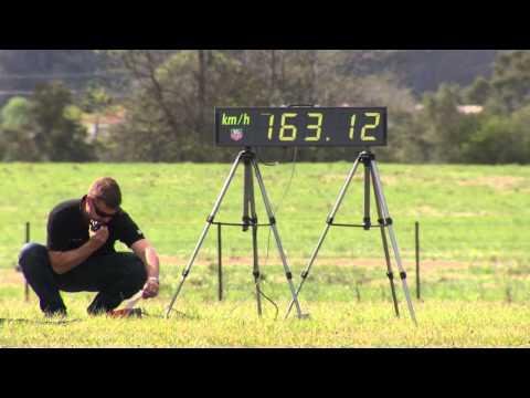 Najbrži kauč na svijetu – 163 km/h