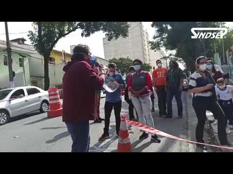 Iabas fecha corredor de acesso dos alunos da EMEI Regente Feijó