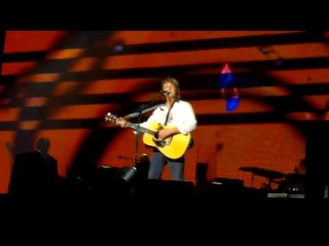 Paul McCartney 2013 - Eleanor Rigby [Fortaleza 9/5/13; OUT THERE! BRAZIL]