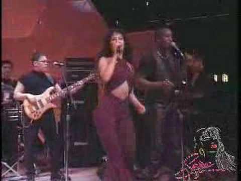 Selena Cumbia Medley