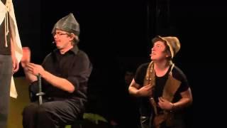 Grupy Impro - Inicjatywa sceniczna Fruuu - Zamczysko (3dwa1 improff 2011)