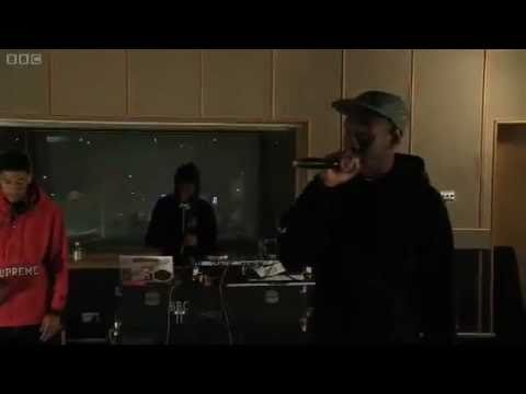 "Odd Future (Tyler, The Creator, Hodgy Beats, Syd Tha Kid) ""Analog"" LIVE BBC Radio1!"