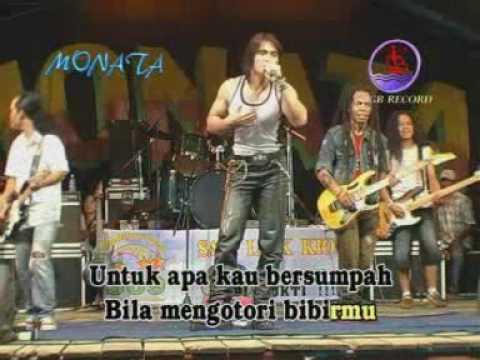 Pengadilan Cinta (Live)