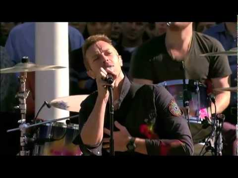 Coldplay - Yellow @ Apple Steve Jobs Memorial