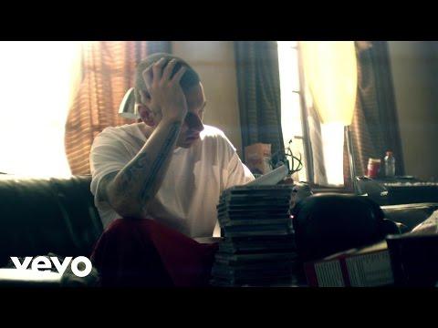 Bad Meets Evil - Lighters ft. Bruno Mars