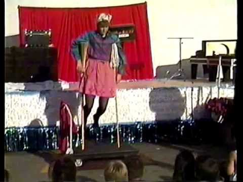 Fail Magic Trick on Live Performance