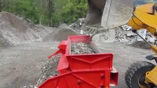 LS28 Bauschutt sieben / Screening of Demolition Waste