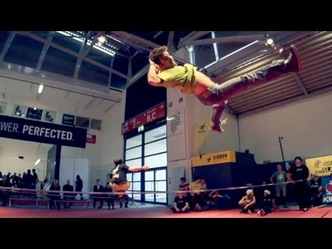Gibbon Slackline in Slowmo @ ISPO Munich 2013