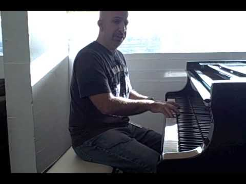 2 Minute Jazz Piano #11: Voicing Melodies
