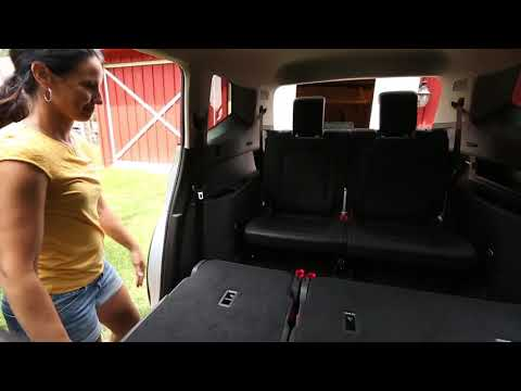 Knowing Your VW: 2018 Volkswagen Atlas | Atlas Trunk Storage - UC5vFx0GahDIWLMFm5j2_JZA