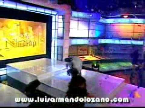 p4 Luis Armando Cantando en el show de Niurka