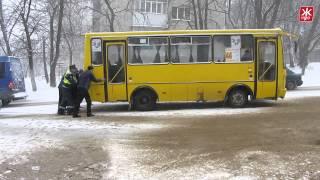 В Житомир вернулись снегопады: на дорогах аварии и пробки
