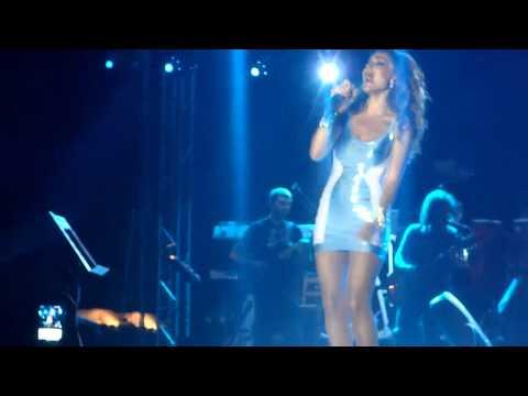 Despina Vandi - Gia Alli Mia Fora - Girismos (Kipros - Pelendri 11/08/2012)
