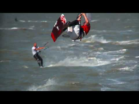 Kitesurfing:  Ballet Over the Bay