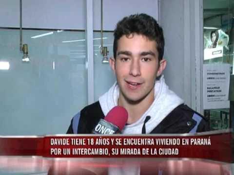 De intercambio: Davide tiene 18 años, es de Italia, y da su mirada de Paraná