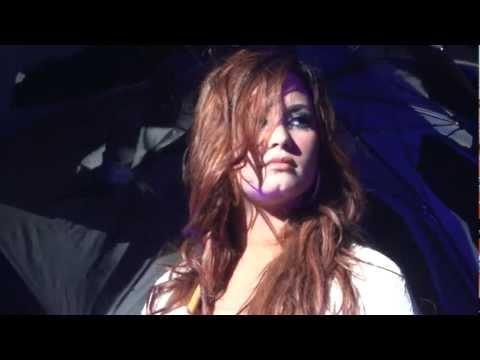 Lightweight - Demi Lovato - 11.16.11