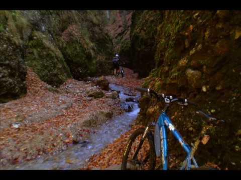 VIDEOCLIP Traseu de MTB prin Muntii Ciucas, 40 km pe biciclete