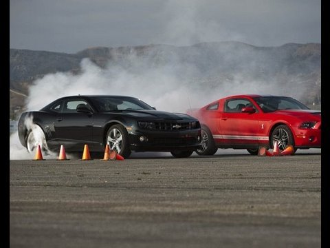 Shelby GT500 Crushes Camaro SS! - Drag Race Showdown