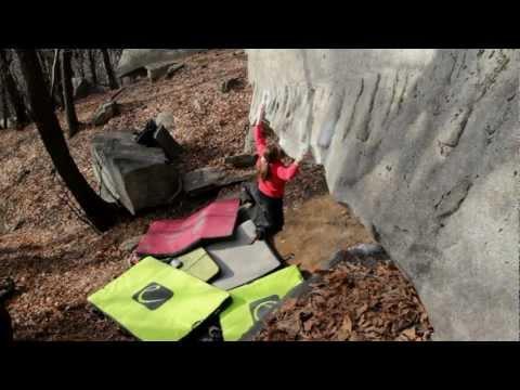 Cresciano and Chironico - Bouldering in Ticino