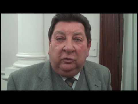 <b>Interna UCR.</b> Kisser le quit� peso a Marcelo L�pez y habl� de consenso
