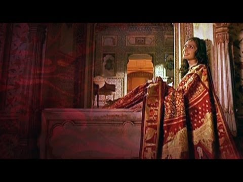 Six Yards of Grace: The Handcrafted Indian Saree